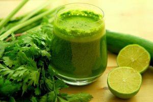 Giảm cân đơn giản với sinh tố nước chanh, rau mùi tây